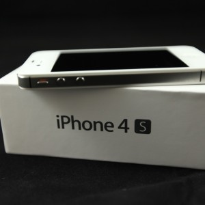 Apple iPhone 4S Specifications Price and Features